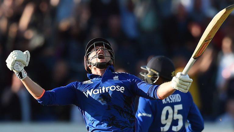 Jonny Bairstow roars to the heavens in celebration