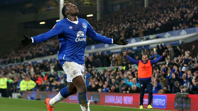 LIVERPOOL, ENGLAND - MARCH 12:  Romelu Lukaku of Everton celebrates scoring his team's first goal during the Emirates FA Cup sixth round match between Ever