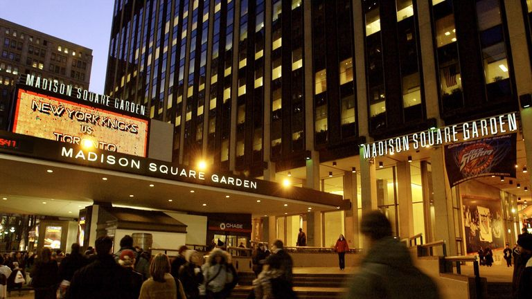 NEW YORK, UNITED STATES:  This 13 February, 2002 photo shows a view of the Seventh Avenue entrance to Madison Square Garden in New York.  AFP PHOTO/Stan HO