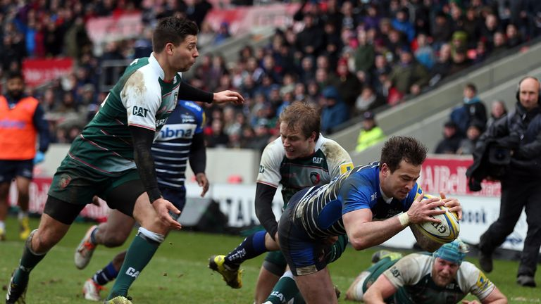 Danny Cipriani helped Sale maintain their unbeaten home record