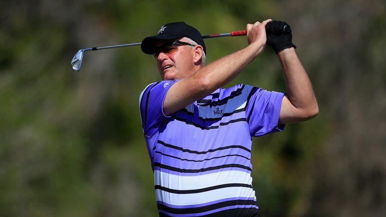 Sandy Lyle has agreed to have Toledo on his bag at Augusta next month