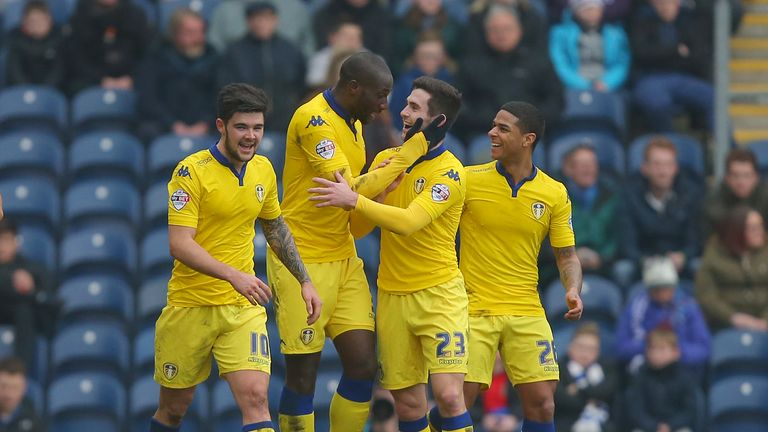 Leeds United's Sol Bamba (second left) celebrates scoring his side's first goal of the game