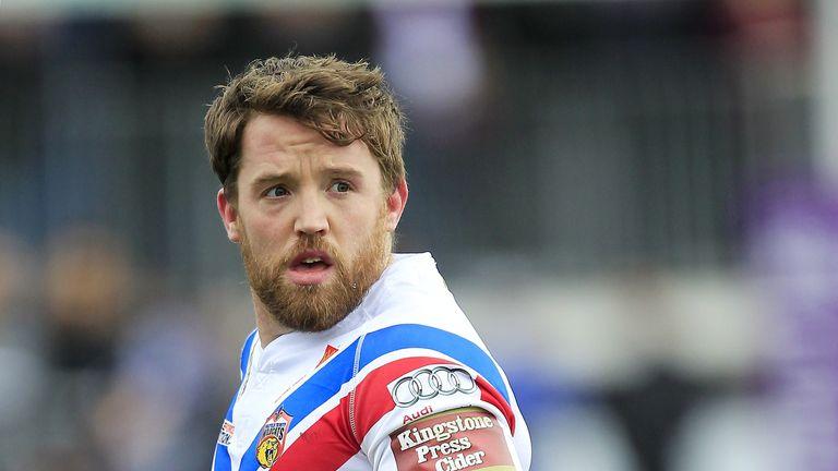 Wakefield captain Danny Kirmond suffered a head injury