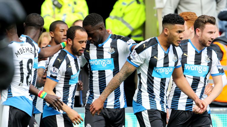 Andros Townsend goal celeb, Newcastle v Crystal Palace, Premier League