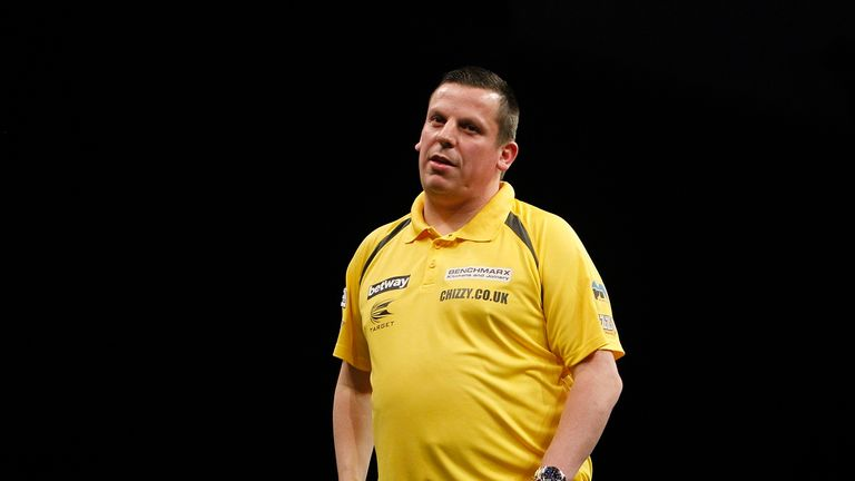 Dave Chisnall had fought back to level the final at 2-2
