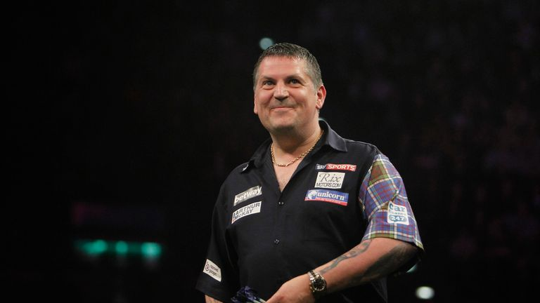 Gary Anderson booked his place in the next round