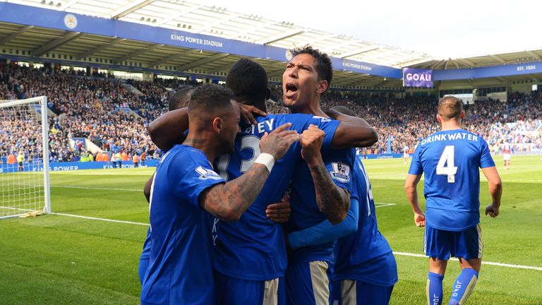 Leonardo Ulloa of Leicester City celebrates