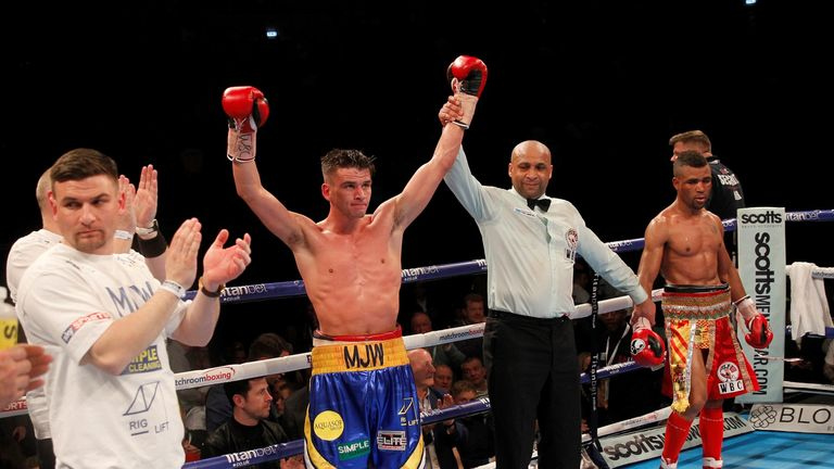 Ward moved to 16 without defeat and closed in on the British title