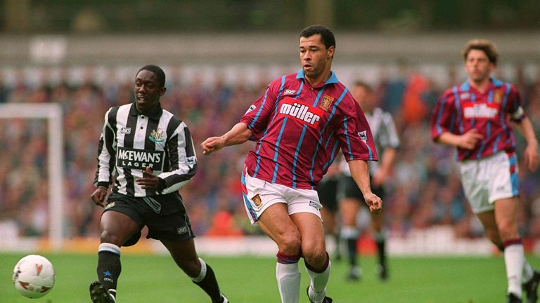 Aston Villa defender Paul McGrath in 1993 was the last player to cost as little as Riyad Mahrez then win the PFA Player of the Year prize