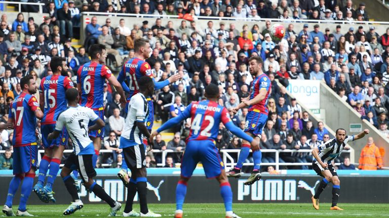 Andros Townsend of Newcastle scores his team's first goal against Crystal Palace