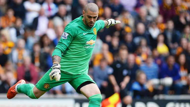 Victor Valdes makes a rare appearance for Manchester United against Hull City