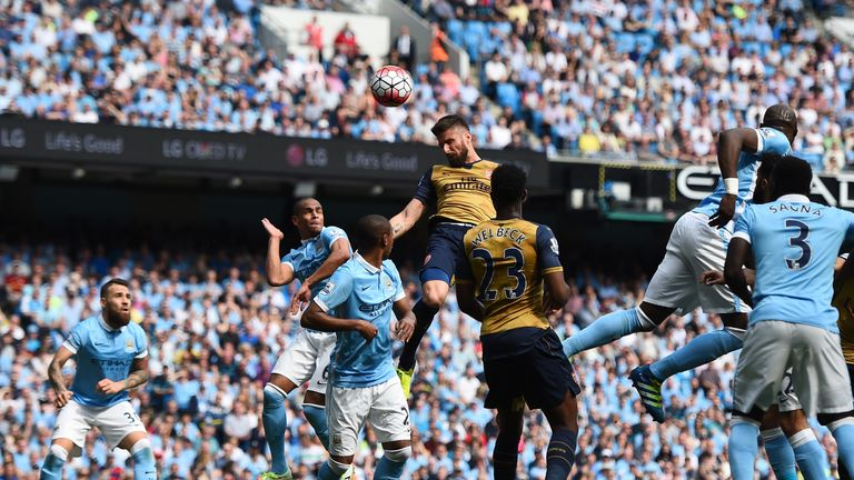 Olivier Giroud equalises for Arsenal after Sergio Aguero's opener for Manchester City