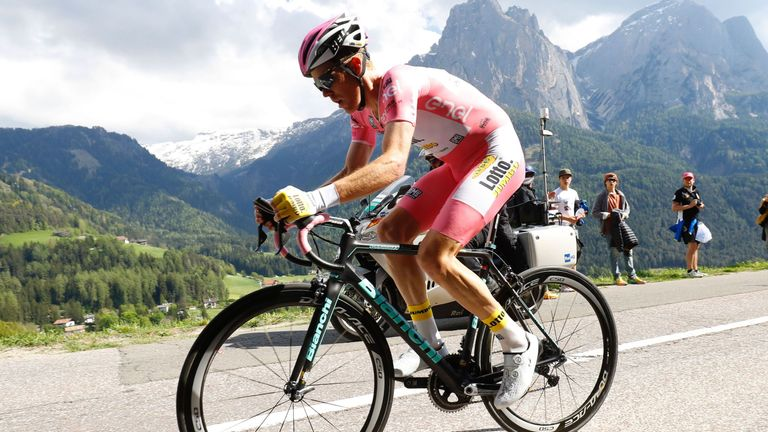 Steven Kruijswijk extended his lead by finishing second on the stage