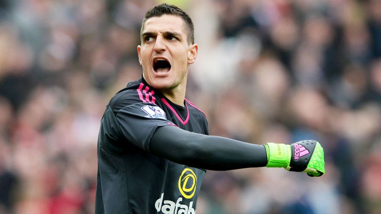 Sunderland goalkeeper Vito Mannone may be called-up by Italy