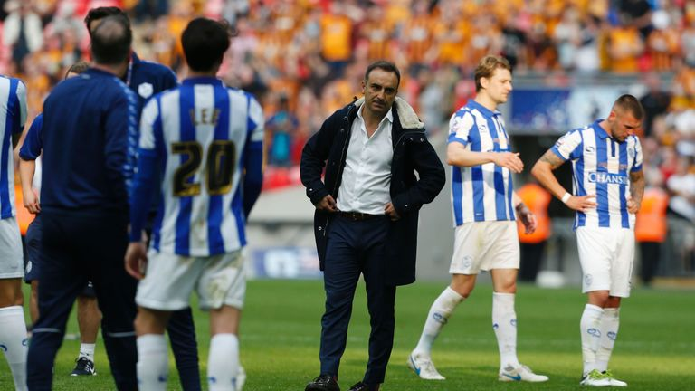 Sheffield Wednesday's Portuguese head coach Carlos Carvalhal