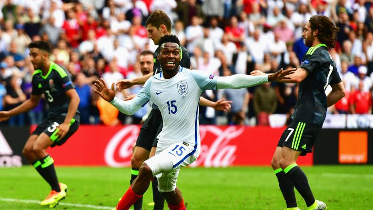 LENS, FRANCE - JUNE 16: Daniel Sturridge of England celebrates scoring his team's second goal during the UEFA EURO 2016 Group B match between England and W