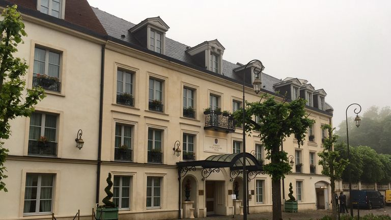 England's Euros hotel  Auberge du Jeu de Paume in Chantilly
