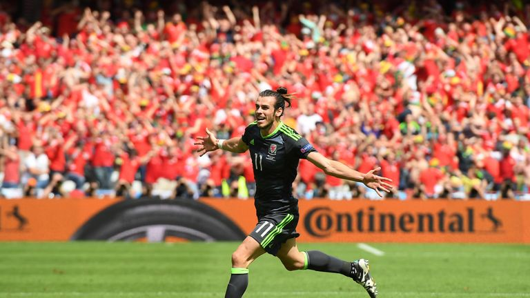 Gareth Bale explains why he has altered his free-kicks in Euro 2016    Football News   Sky Sports