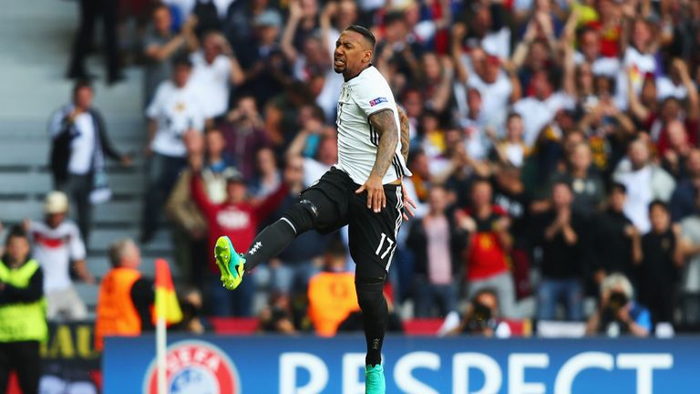 LILLE, FRANCE - JUNE 26:  Jerome Boateng of Germany celebrates scoring the opening goal during the UEFA EURO 2016 round of 16 match between Germany and Slo