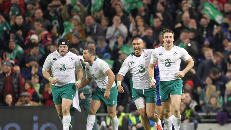 Tommy Bowe is congratulated by Simon Zebo after scoring a try