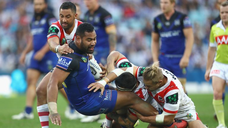 Tony Williams scored a controversial try for the Bulldogs