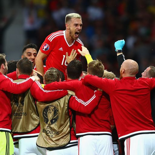 Glorious Wales reach semis