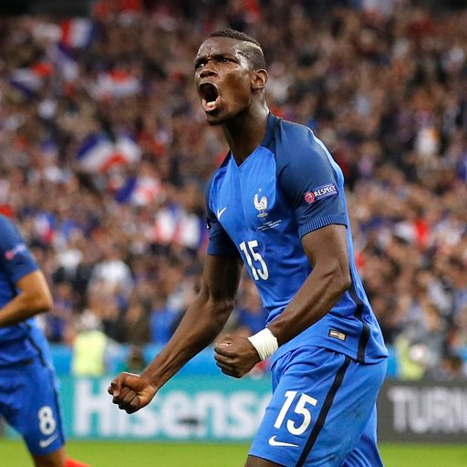 United interested in Pogba