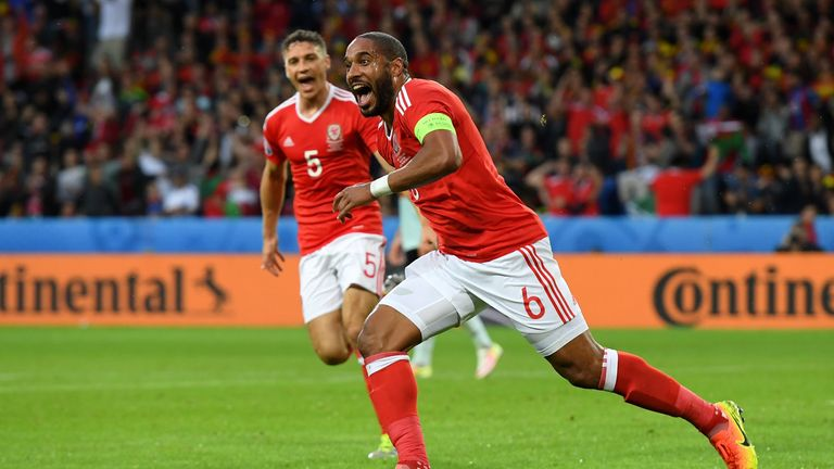 LILLE, FRANCE - JULY 01:  Ashley Williams of Wales celebrates scoring his team's first goal during the UEFA EURO 2016 quarter final match between Wales and