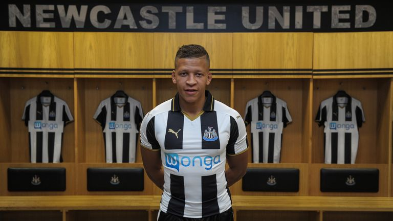 Dwight Gayle has joined Newcastle for £10m