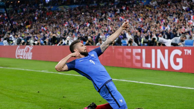 Olivier Giroud was substituted after scoring the second