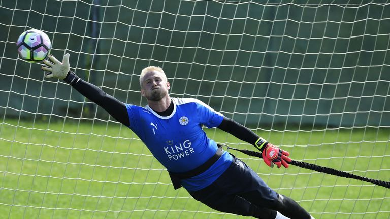 Kasper Schmeichel in line for a start after three weeks out