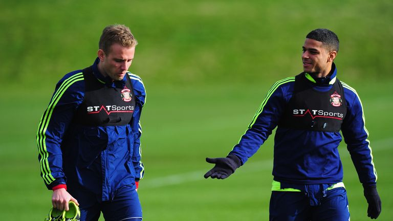 Sunderland's Lee Cattermole and Liam Bridcutt pictured wearing STATSport vests