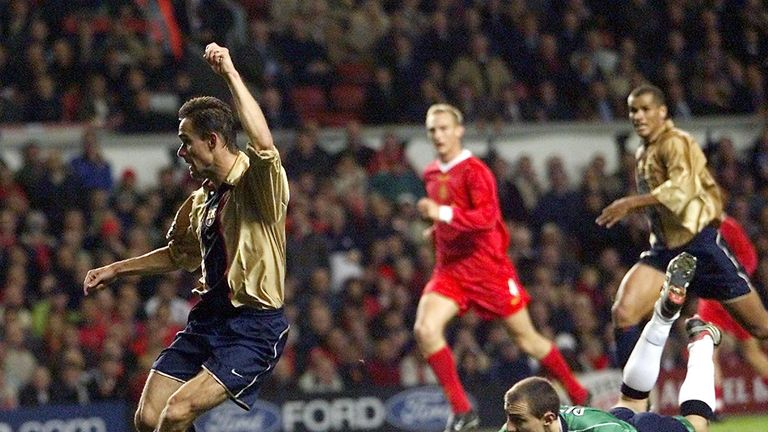 Marc Overmars scored Barcelona's third goal as they beat Liverpool 3-1