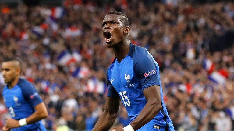 France's Paul Pogba celebrates