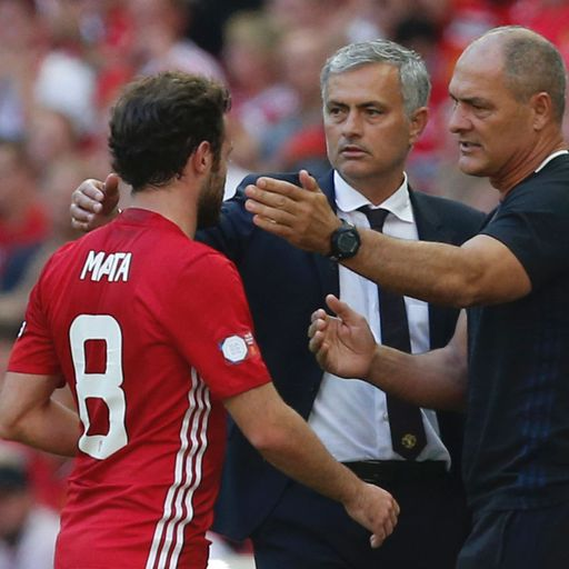 Mata set for United stay