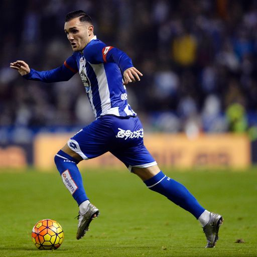 Arsenal agree deal for Perez
