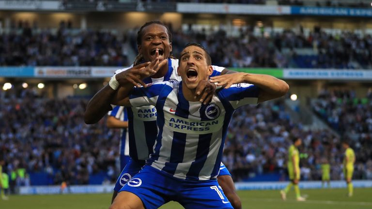 Brighton and Hove Albion's Anthony Knockaert (front) celebrates scoring his side's first goal against Rotherham