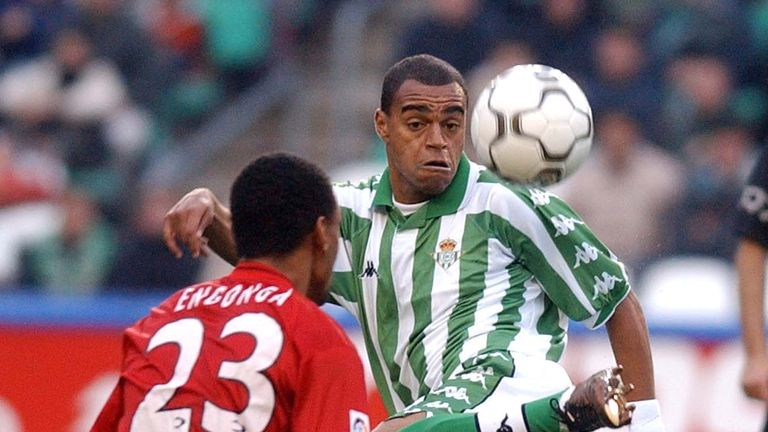 16 Dec 2001:  Denilson of Real Betis and Vincente Engonga of Real Mallorca in action during the Primera Liga match between Real Betis and Real Mallorca, pl