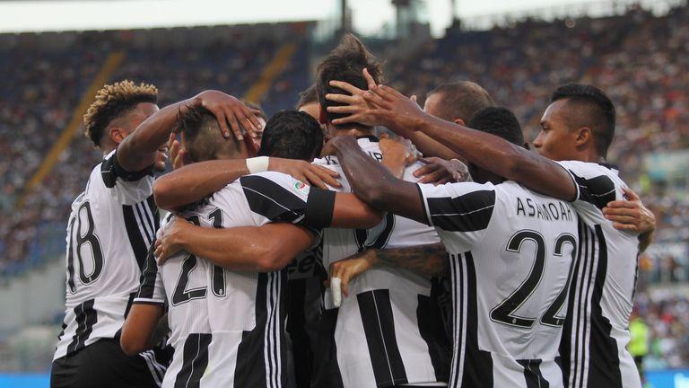 Sami Khedira celebrates for Juventus FC