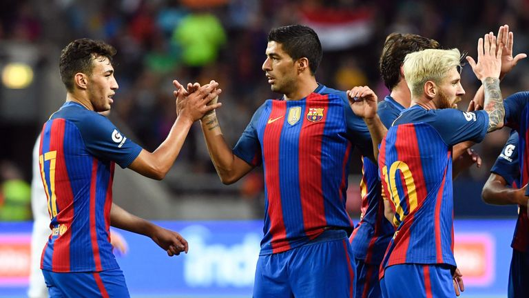 Munir, Suarez and Messi were too hot for Leicester to handle in the first half