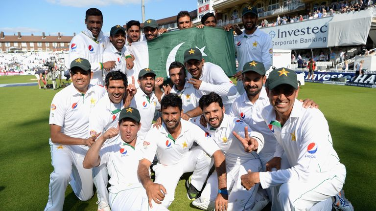 Pakistan celebrate after winning at The Oval to draw the series