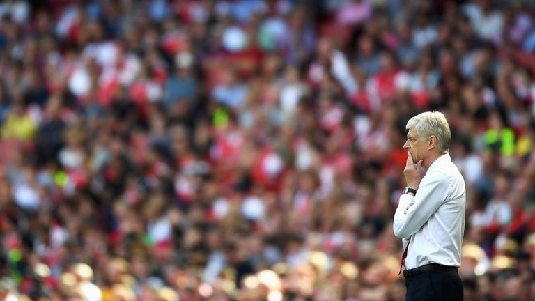 Arsene Wenger insists Arsenal should not panic in response to the defeat to Liverpool