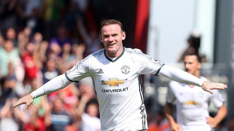 Wayne Rooney celebrates scoring Manchester United's second goal
