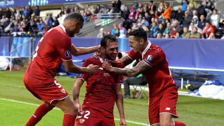 Franco Vazquez celebrates his goal for Sevilla
