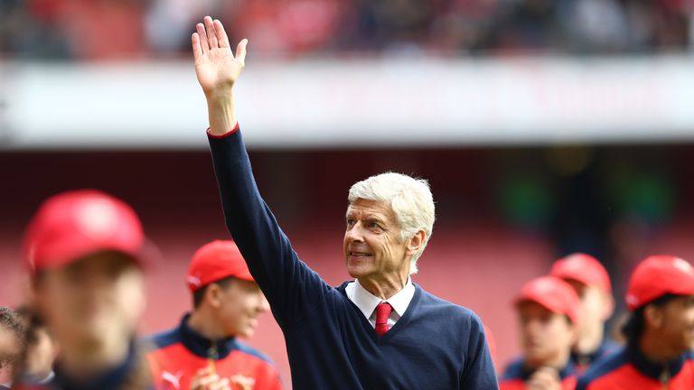 LONDON, UNITED KINGDOM - MAY 15:  Arsene Wenger Manager of Arsenal waves to supporters after the Barclays Premier League match between Arsenal and Aston Vi