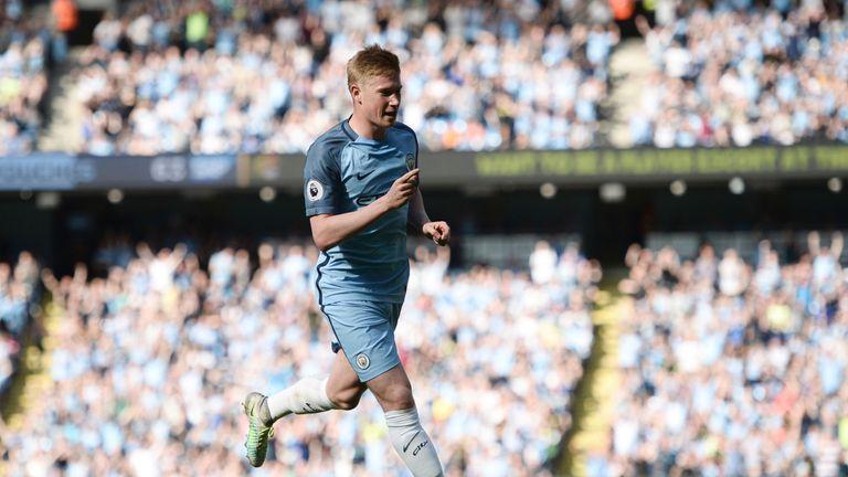 Manchester City's Belgian midfielder Kevin De Bruyne celebrates scoring the opening goal against Bournemouth