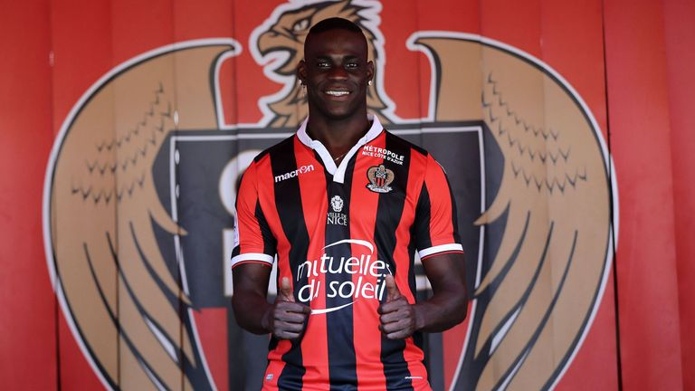 Balotelli in his new Nice jersey