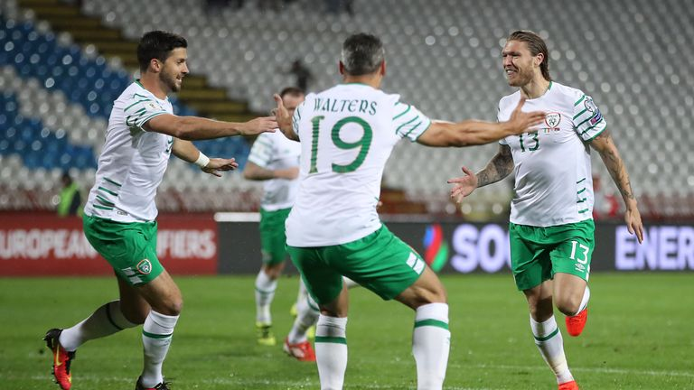 Republic of Ireland's Jeff Hendrick (right) celebrates the opening goal of the match