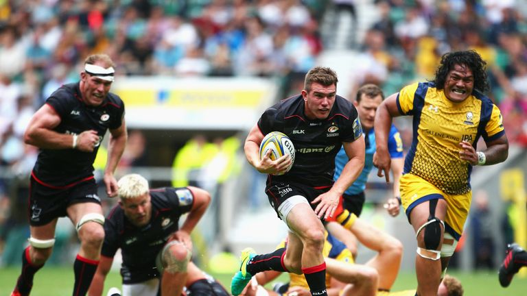 Replacement Ben Spencer breaks away to score Saracens' fourth try