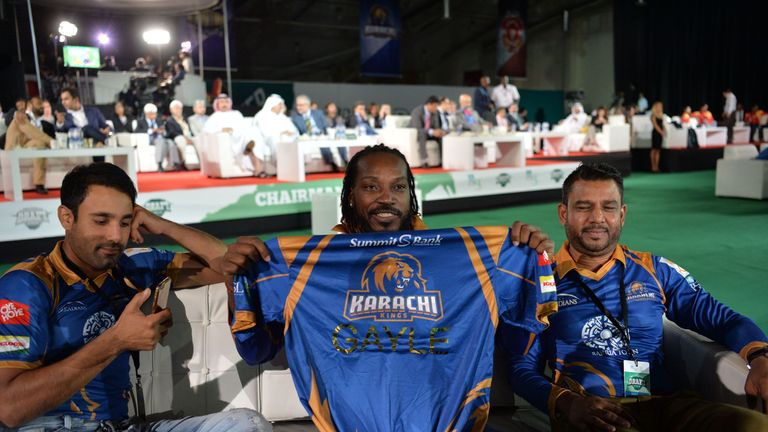 Ravi Bopara (L) and Chris Gayle (C) are two big names set to turn out for the Karachi Kings team